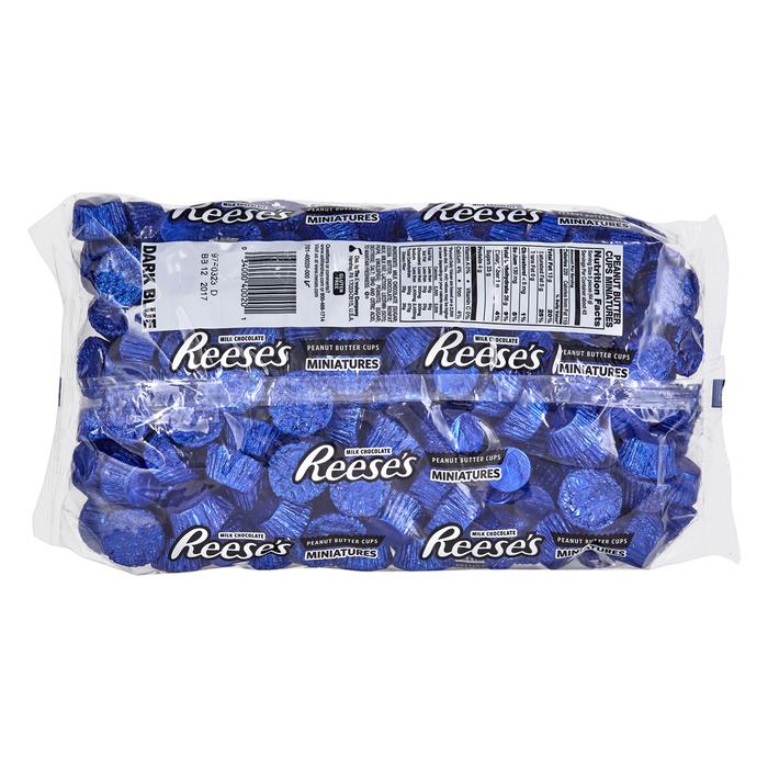 Image of REESE'S Peanut Butter Cups Miniatures in Dark Blue Foils - 4.16 lb. Bag [4.16 lb. bag] Packaging