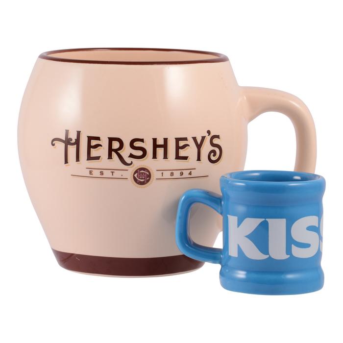 Image of KISSES Mini Mug Packaging