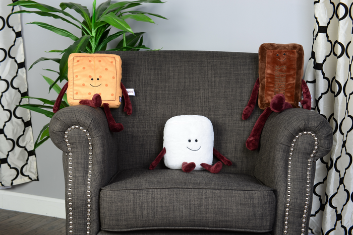 Image of Graham Cracker Plush Toy Packaging