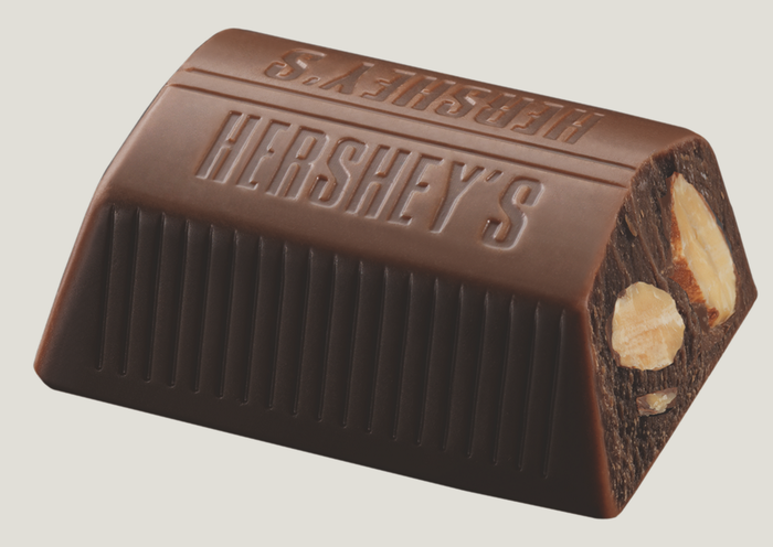 Image of HERSHEY'S NUGGETS Milk Chocolate with Almonds [10.56 oz. bag] Packaging