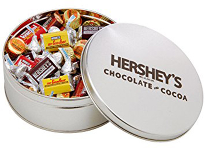 Image of HERSHEY'S Favorites Filled Silver Tin - 2 lbs. [2 lbs. tin] Packaging