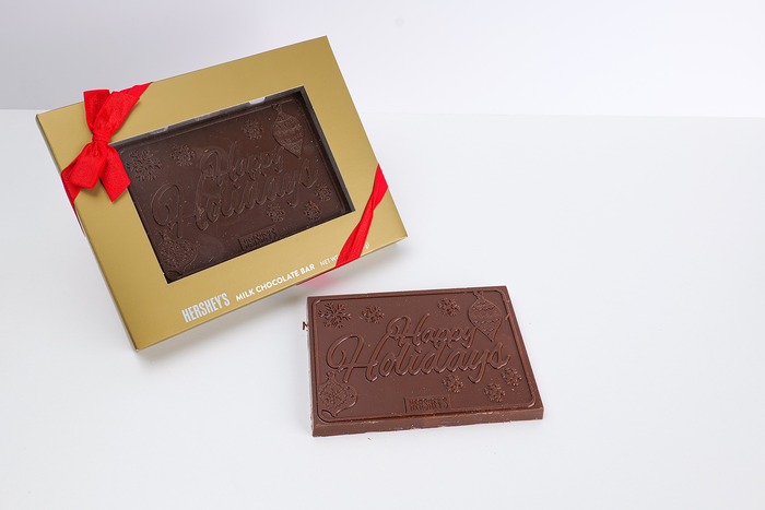 Image of HERSHEY'S Holiday Moulded Milk Chocolate Bar, 8 oz. [8 oz. bar] Packaging