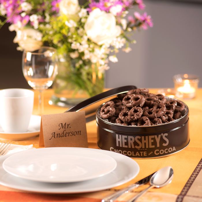Image of HERSHEY'S Milk Chocolate Dipped Pretzel Tin - 16 oz. Packaging