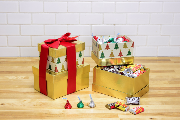 Image of HERSHEY'S Two-Box Holiday Gift Tower, 1 tower Packaging