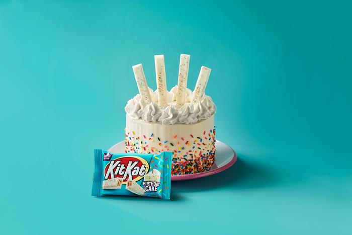 Image of KIT KAT® Birthday Cake Standard Bar, 1.5 oz Packaging