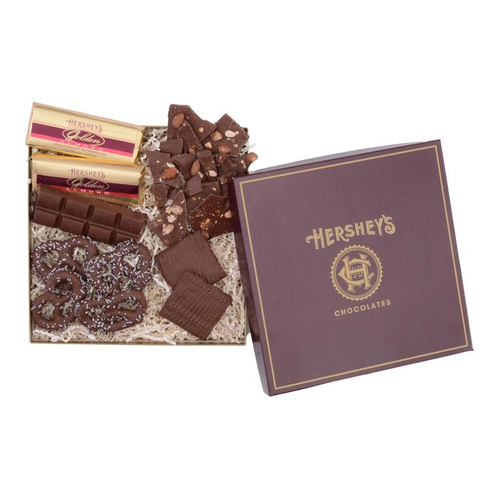 Image of HERSHEY'S Chocolate Gift Box, Variety Assortment, 1.5 lbs. gift box Packaging