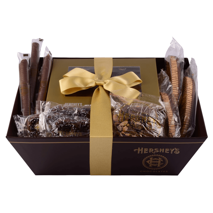 Image of HERSHEY'S Chocolate Premium Holiday Gift Basket, Variety Assortment, 2.5 lbs. gift basket Packaging