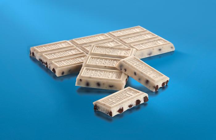 Image of HERSHEY'S COOKIES 'N' CREME Extra Large (4 oz.) Bar Packaging